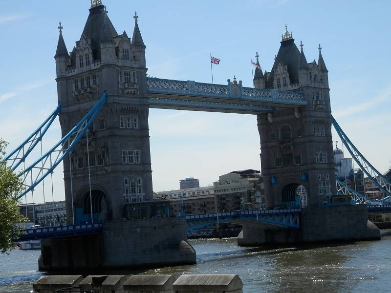 Tower Bridge 1_(800_x_600)