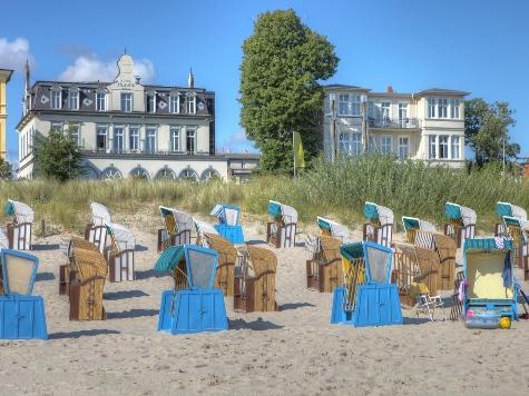 (c) Seetel Hotel GmbH & Co KG